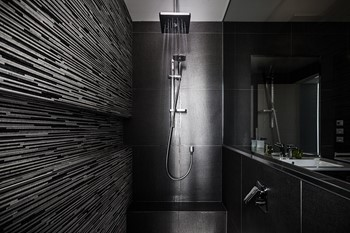 Designer home builders, stunning black bathroom