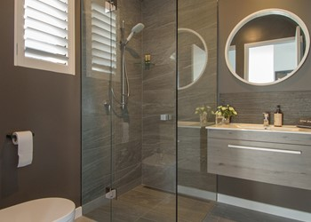 Luxury home builders Queenstown, beautiful bathroom design
