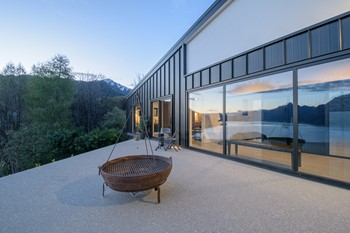 Luxury home builders Queenstown NZ,  beautiful exterior